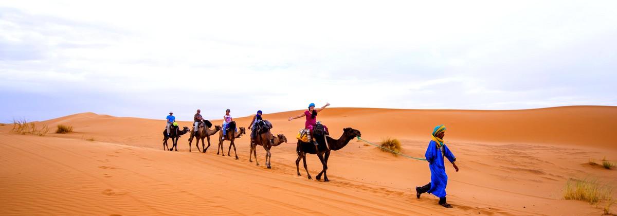 Camel trekking in Erg Chebbi dunes!